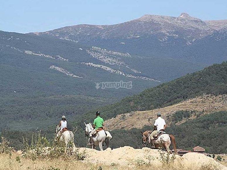 Ruta a caballo en el nacimiento del Duero