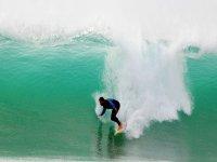tarifa surfing ola gigante