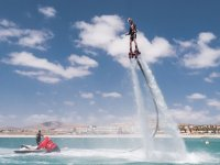 Flyboard con moto seadoo