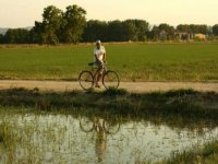 Recorremos charcas naturales pedaleando