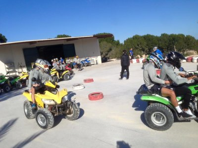 Addio al celibato con quad e paintball