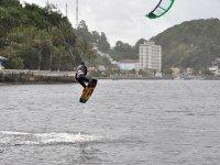 Salto de kitesurf