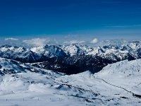 滑雪为阿兰山谷的雪天堂