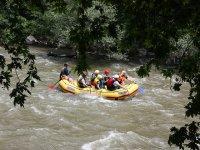 帆船乘木筏在格拉纳达漂流血统