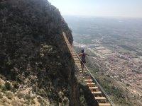 Ponte tibetano sulla via ferrata