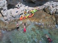 Es posible acceder a calas inaccesibles con nuestros kayaks