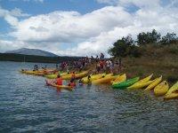 nuestros kayaks listos para zarpar
