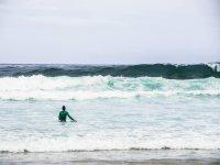 Yendo hacia las olas