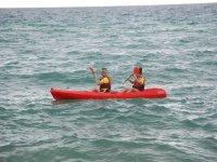 Remando en el Mediterraneo en kayak para dos