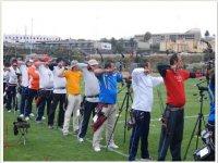 Practica deporte al aire libre