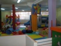 Sala con juguetes