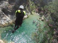 Salto al barranco en Granada