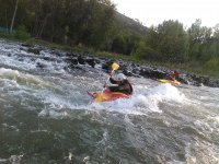 Kayakismo en aguas bravas Leon