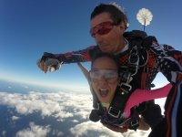 Testing skydiving with monitor