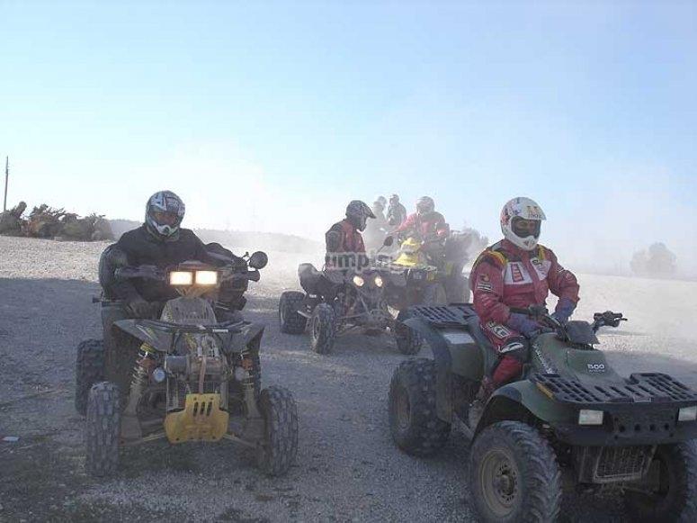Emocionante ruta en quad