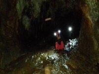 在蓬费拉达附近的洞穴