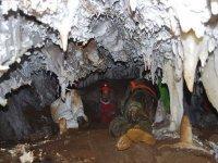 莱昂的洞穴