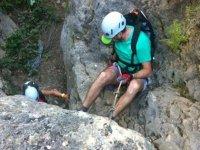 Técnicas de descenso de barrancos