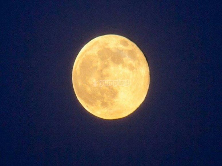Luna llena en Arcos de la Frontera.jpg