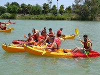 Excursion en kayak entre amigos