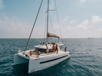 Catamaran with all the commodities