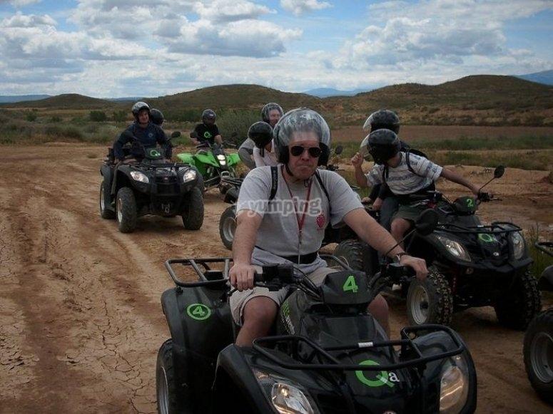 Pilotando un quad
