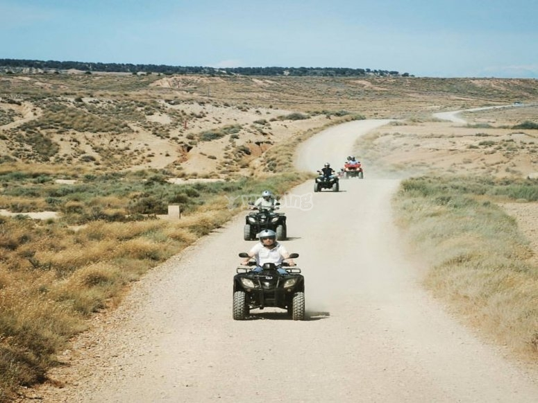 Conducir quad por Simas Aines