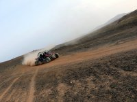 Guida nell'area del deserto