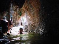 Agua profunda en el barrando