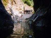 Zona del rio para saltar