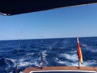 Olas tras el barco