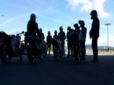 Escuela Motociclista
