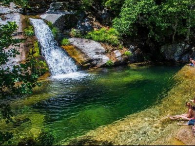 Ruta adultos 4x4 pozas de baño Valle del Jerte 4h