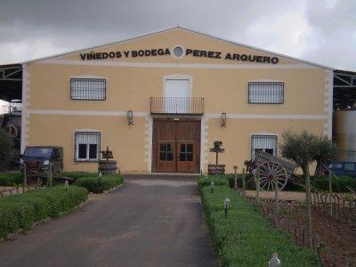 Viñedos Y Bodegas Pérez Arquero
