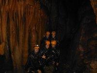 查询洞穴探险