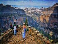 Mirador entre montañas