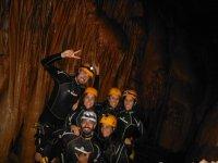 在地下室注意到什么地下探洞游览