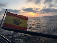 Bandera de Espana en Barco Velero