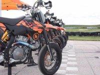 Equipos de moto en Alcala del Rio