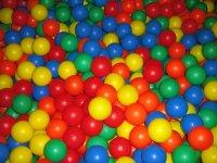 Sumergete en la piscina de bolas