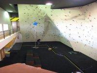 Inmensa pared para escalar