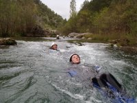 Flotando en el río