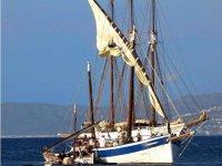 攀登上我们的帆船