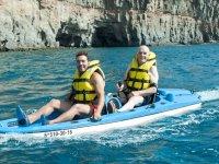 Kayak motorizado biplaza