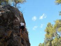 Arrampicata nelle montagne di Cuenca