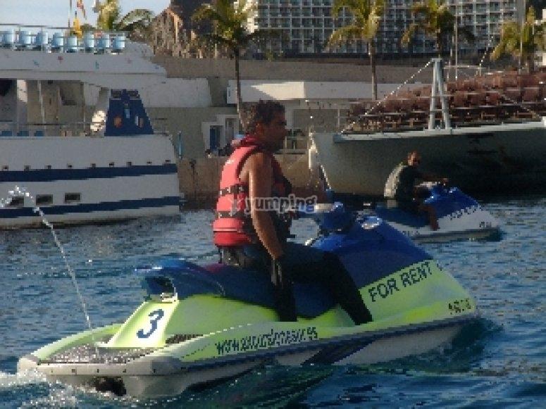 Salimos de Arguireguín, en moto de agua