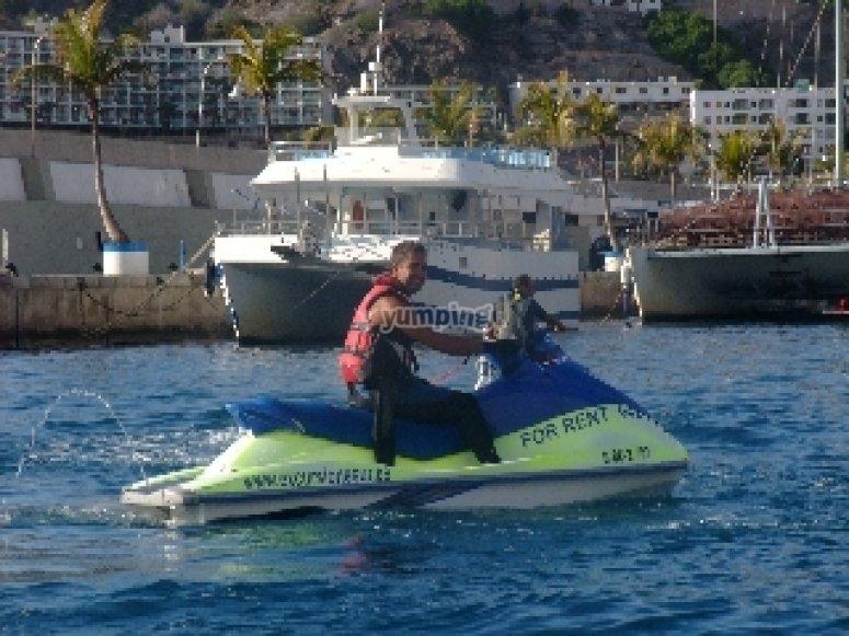 Paseo en moto de agua doble