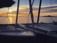 Bateaux au coucher du soleil
