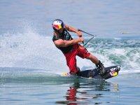 SLYDER滑水滑雪