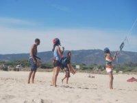 实践上最好的海滩冲浪塔里练